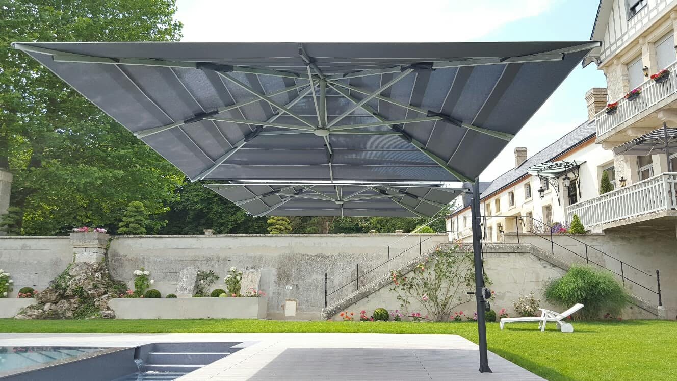 Double parasol excentré